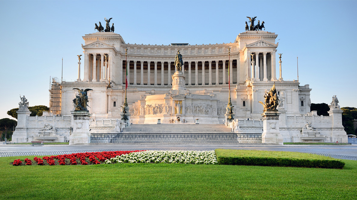Rome wasn't built in a day – but our day tour promises you the best it has to offer